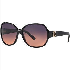 Tory Burch Round Black Sunglasses EUC